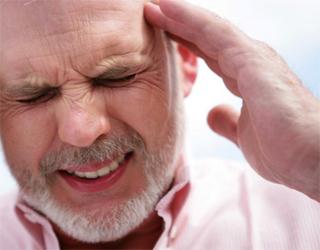 Больной с продутой головой