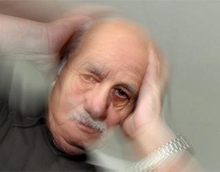 Позиционное головокружение у мужчины