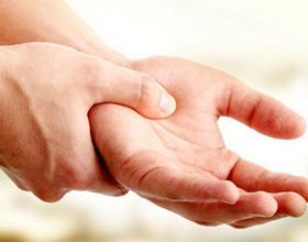 Болит парализованная рука после инсульта