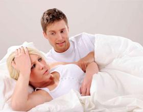 При оргазме возникает головная боль